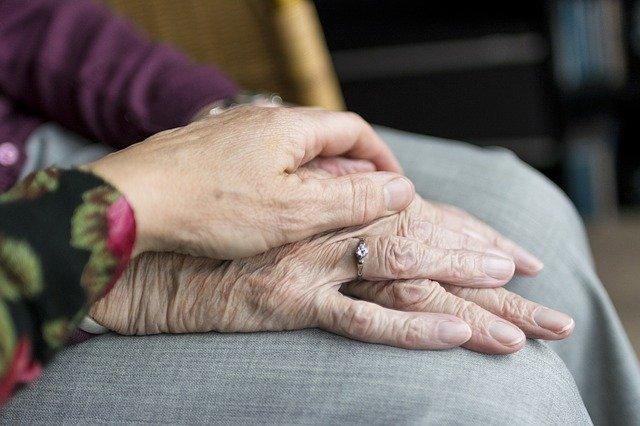 Comment l'inflammaging induit le vieillissement cutane